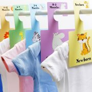 These Safari Animals baby wardrobe dividers are an easy way to organise baby's clothes by size.A lovely and original gift for any mummy-to-be or new parent.