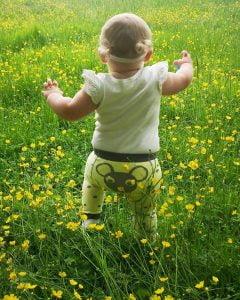 montessoriplaying - minty leggings